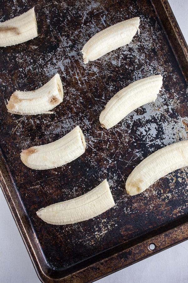 Bananas roasting on pan