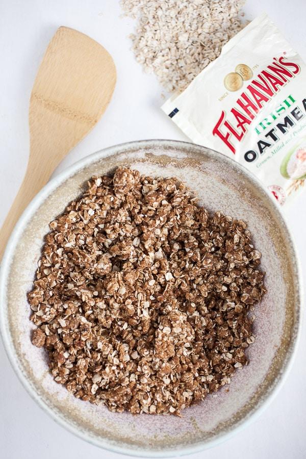Oatmeal struesel topping in bowl