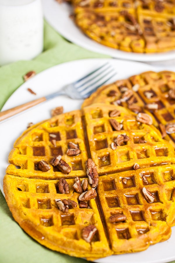Easy Homemade Pumpkin Waffles