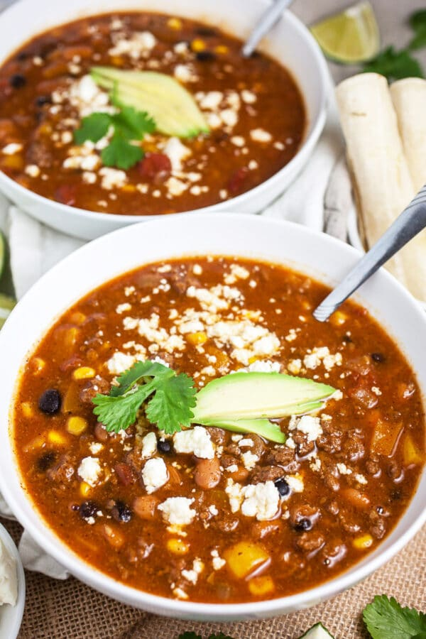 Easy Healthy Crockpot Ground Beef Chili The Rustic Foodie
